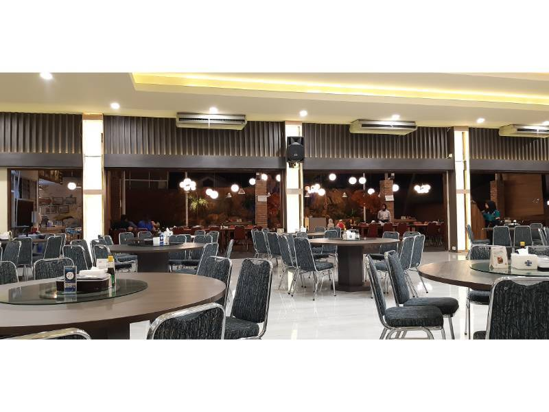 Meeting room Bukit Golf Resto by Gmap